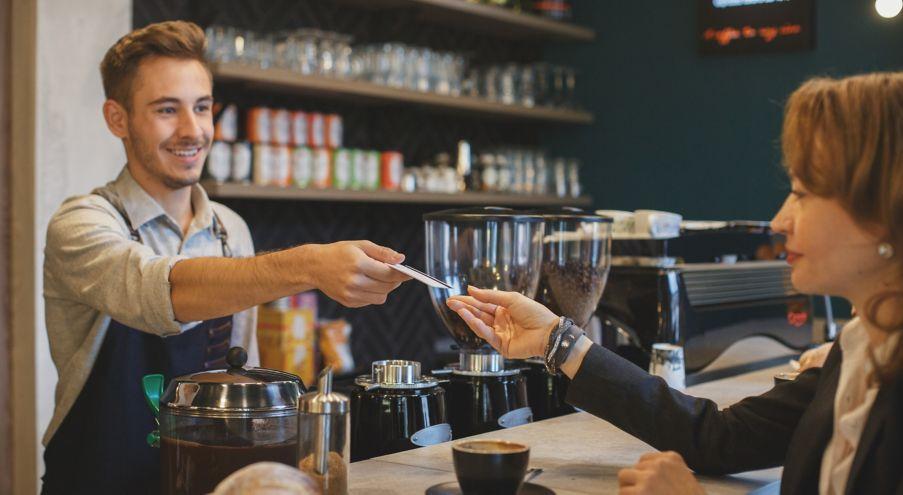 Betaler med kort