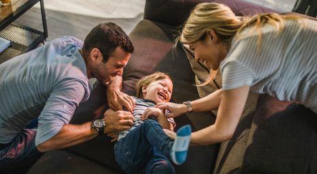 Foreldre kiler barn. Foto.