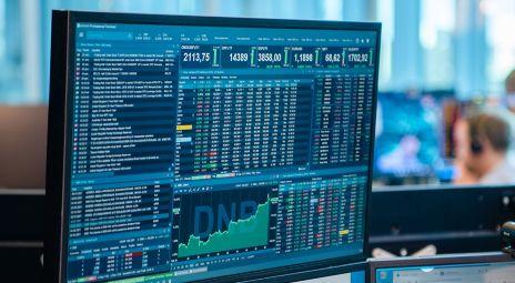 Skjerm som viser Infront by DNB i bruk av en aksjehandelskunde.